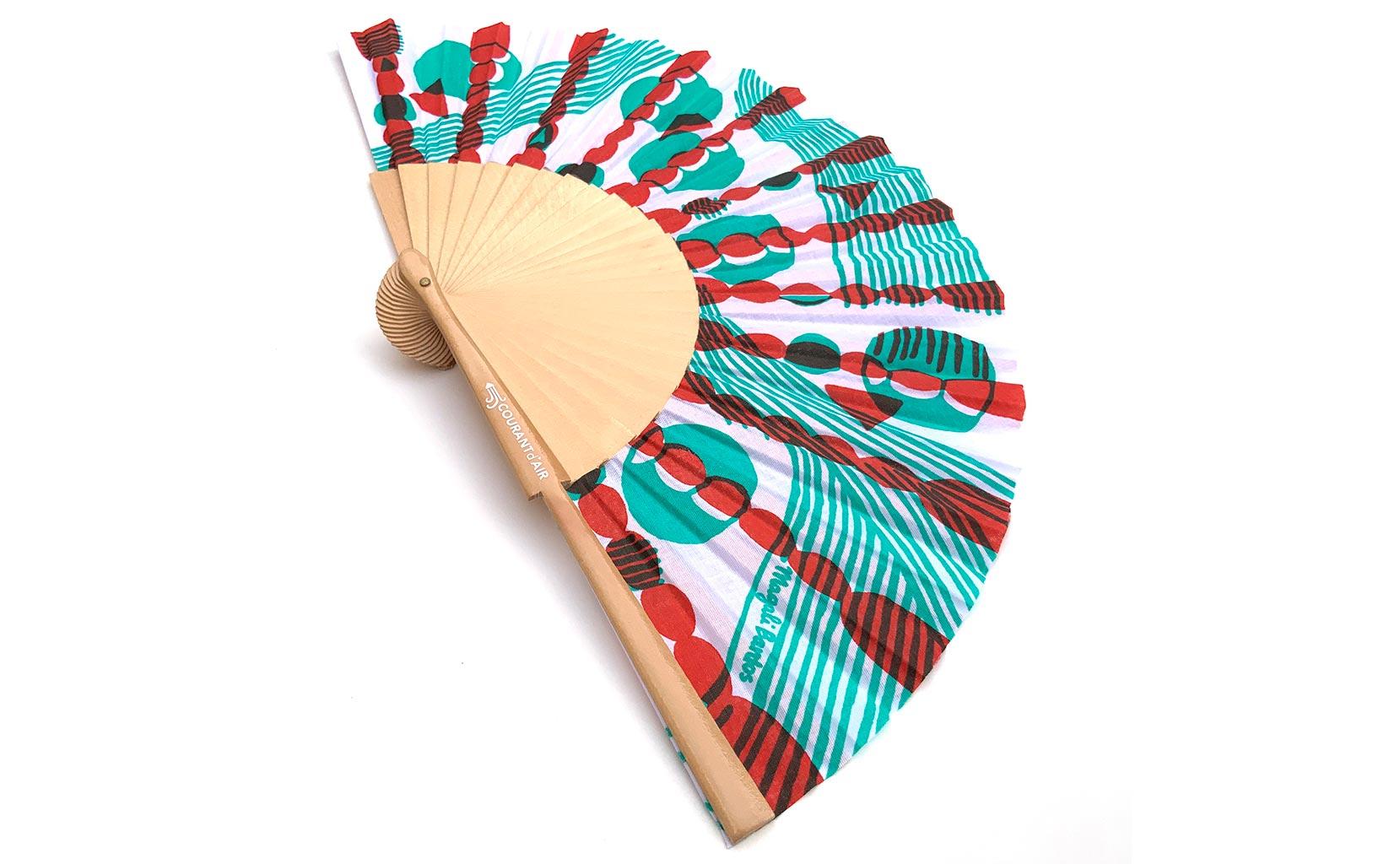 © courant d'air 02 © MagaliBardos éventail handfan motif pattern sérigraphie sur tissus silkscreen vert rouge